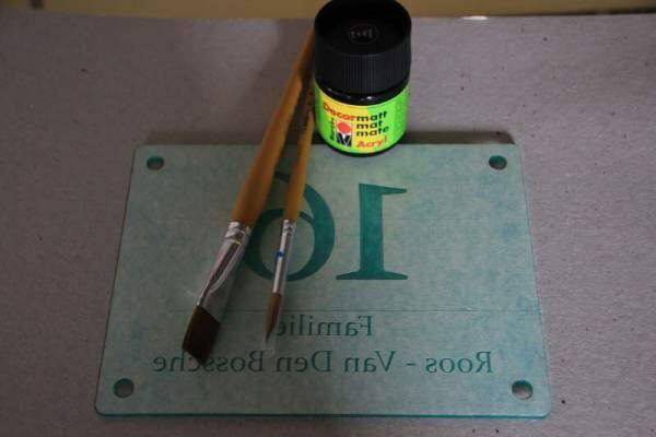 huisnummerbord acryl klaar om te verven